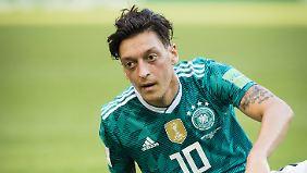 Starke Pässe und lange Abtauchphasen - so liest sich das WM-Zeugnis von Mesut Özil.
