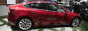 "Tesla schafft Produktionsziel: Musk: ""Sind jetzt echtes Autounternehmen"""