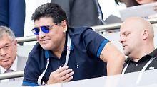 Diego Maradona weilt auf Fifa-Einladung in Russland. Und legt sich jetzt mit dem Weltverband an.