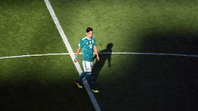 Urlaubsgrüße vom DFB-Präsidenten: Grindel fordert öffentliche Erklärung von Özil