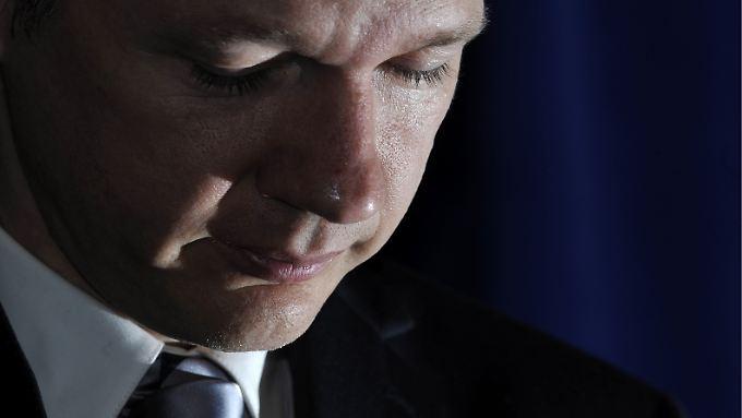 Für die USA scheint Julian Assange derzeit Staatsfeind Nr. 1 zu sein. Gesucht wird er nur von Schweden.