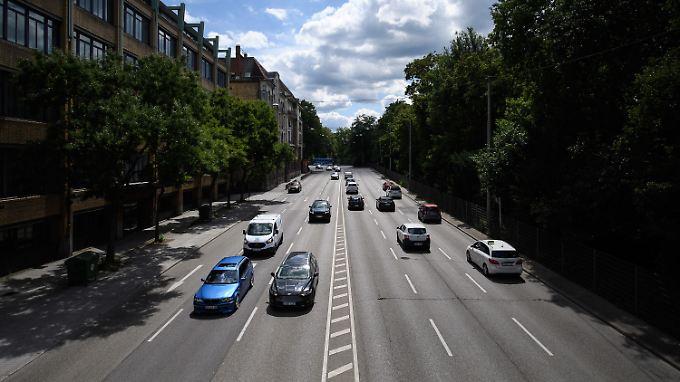 Die Stickoxid-Werte in Stuttgart sind zu hoch, die Landesregierung setzt daher auf Fahrverbote.