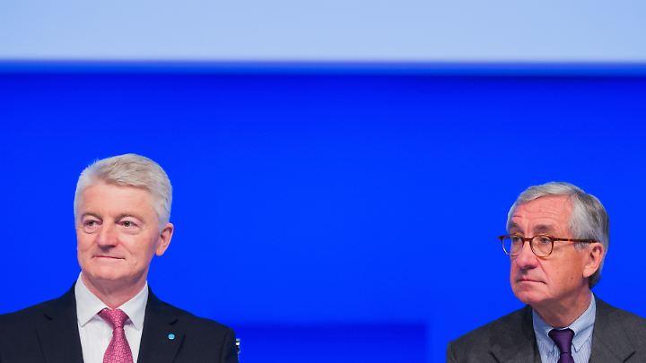 Thyssenkrupp-Chefaufseher Lehner (r.) platzt nach dem Rücktritt von Vorstandschef Hiesinger der Kragen.