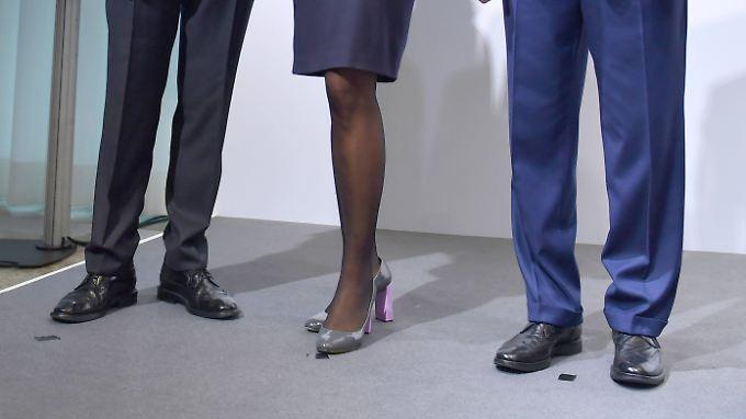 Bei börsennotierten Unternehmen haben es Frauen noch immer schwerer, in Führungspositionen zu gelangen.