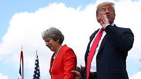 "Briten greifen zu kreativem Protest: Trump nennt eigene Kritik an May ""Fake News"""