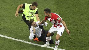 Politischer Protest im Finale: Platzsturm kratzt an Putins Vorzeige-WM