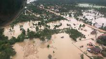 Hunderte nach Flut vermisst: Staudamm in Laos bricht