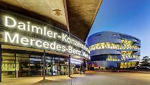 Der Autobauer Daimler soll von 2020 an aus drei selbstständigen Aktiengesellschaften unter einem gemeinsamen Dach bestehen.