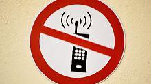 Schulen sollen selbst erwägen: Handyverbot bleibt in Deutschland wohl aus
