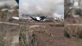Dutzende Verletzte, aber keine Toten: Flugzeugabsturz in Mexiko grenzt an ein Wunder
