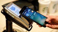 Bezahlen per Smartphone: Apple arbeitet mit der Deutschen Bank