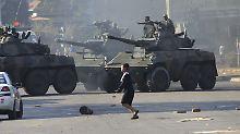 Opposition protestiert: Tödliche Unruhen nach Wahl in Simbabwe