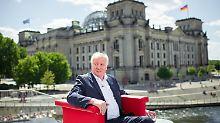 Stand im Sommerinterview Rede und Antwort: Bundesinnenminister Horst Seehofer