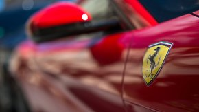 69.000 Euro Gewinn pro Fahrzeug: Ferrari lässt sich das springende Pferd teuer bezahlen