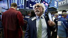Tesla im Fokus: Wall Street zeigt sich unentschlossen