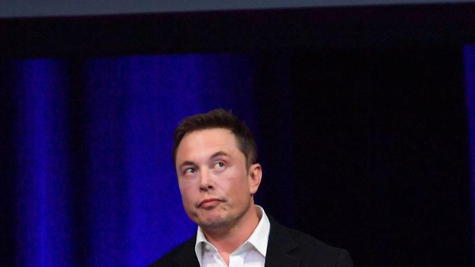 Ruft mit einem Tweet die Börsenaufsicht SEC auf den Plan: Tesla-Chef Elon Musk.
