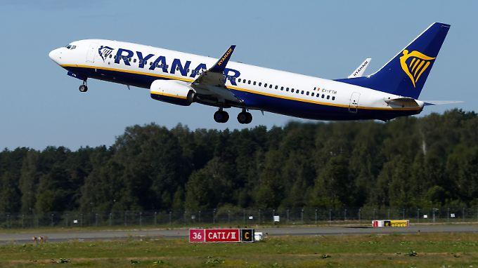 Billigflieger mit unzufriedenen Piloten: In mehreren Ländern will das Ryanair-Personal mit Streiks bessere Arbeitsbedingungen erzwingen.
