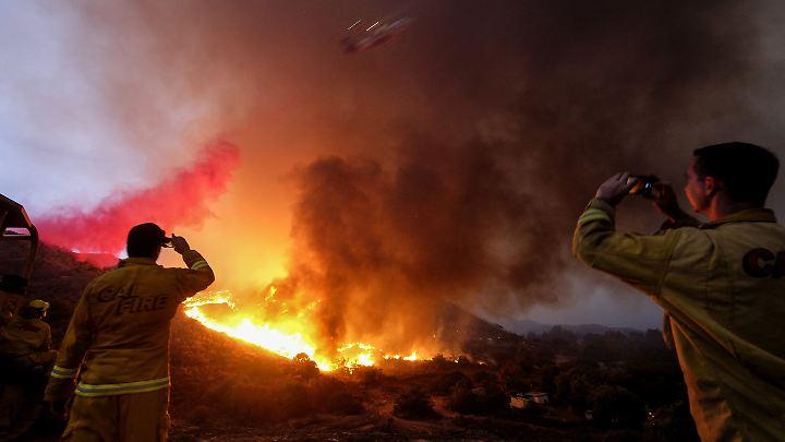 """Das """"Holy Fire"""" ist erst zu fünf Prozent unter Kontrolle, 20.000 Menschen musste ihre Häuser verlassen."""