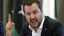 Brücke stürzt in Genua ein: Salvini kritisiert Sparvorgaben der EU