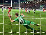 Frühes Aus im DFB-Pokal: St. Pauli bestätigt K.-o.-Fluch, Schalke weiter