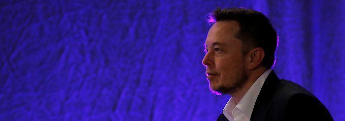 Zahltag für Tesla-Leerverkäufer: Musk schenkt Spekulanten eine Milliarde