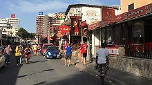 """Blick auf Carrer Pare Bartomeu Salva, die berühmte sogenannte """"Schinkenstraße"""" auf Mallorca, wo sich der Unfall ereignete."""