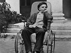 Bereits schwer krank: Lenin im Sommer 1923 in Gorki.