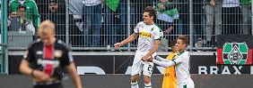 Elfer-Geschenke im Rhein-Derby: Gladbachs Doppelschlag schockt Leverkusen