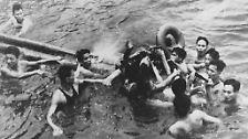 Am 26. Oktober 1967 geschah, was ihn wohl prägte wie nichts anderes. John McCain wurde über Nordvietnam abgeschossen, brach sich beide Arme und ein Bein.