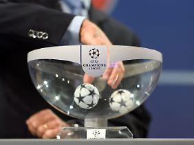 Unter den 32 Teams sind auch vier Fußball-Bundesligisten.