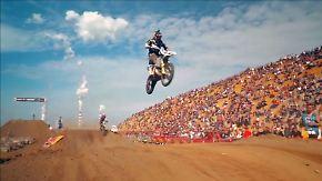 Dutzende Kilometer Adrenalin pur: Extrembiker donnern durch Europas größte Kohlemine
