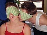 Düfte für sexuelle Kommunikation: Männer riechen Fruchtbarkeit bei Frauen