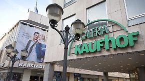 Fusion der Erzrivalen fix: Karstadt und Kaufhof schließen sich zusammen