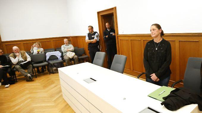 Vor Gericht: Tierfriedhof-Betreiberin Monika Ludwig.
