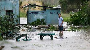 """Tropensturm mit enormer Zerstörungskraft: Supertaifun """"Mangkhut"""" wütet über Philippinen"""