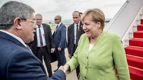 Merkel auf Stippvisite in Algier: Abschiebungen nach Algerien nehmen stark zu