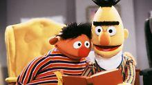 Autor nimmt Outing zurück: Ernie und Berts Liebe soll nicht schwul sein