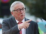 Abkehr von der Kanzlerin?: Juncker deutet Bewegung bei Migration an