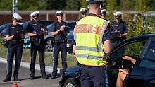 Bundesweite Verkehrskontrollen: Polizei zieht Handysünder aus dem Verkehr