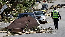 Stromausfall und Verwüstungen: Ottawa von Tornado gezeichnet