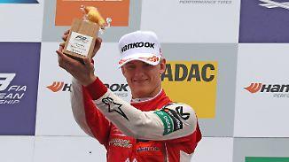 """""""Das Auto ist grandios zu fahren"""": Mick Schumacher dominiert Formel 3"""