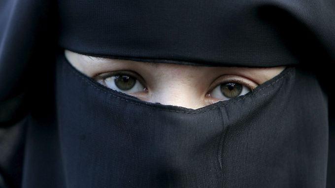 """Hidschab, Tschador, Nikab oder Burka? Der Begriff """"Burka-Verbot"""" ist nicht besonders präzise."""