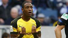 Notbremse? Dortmunds Abdou Diallo muss vom Platz.
