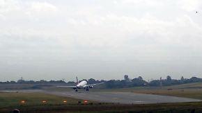 Spektakuläres Landemanöver: Pilot stellt Air-France-Maschine fast quer zur Landebahn