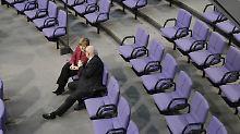 Angela Merkel kommt mit Volker Kauder ein enger Vertrauter abhanden.