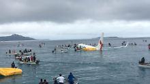 Piste mit Lagune verwechselt?: Passagierflugzeug verfehlt Landebahn