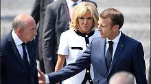 Innenminister will abtreten: Macron verweigert Collomb den Rücktritt