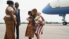 Das Flugzeug der First Lady landete am 2. Oktober auf dem Flughafen der ghanaischen Hauptstadt Accra.