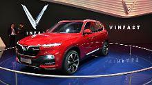 Der LUX SA 2.0 von VinFast basiert auf dem BMW X5 hat aber sein eigenes Setup bekommen, versprechen die Vietnamesen.