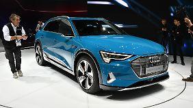 Für den Audi E-Tron verlangen die Ingolstädter gut 80.000 Euro.